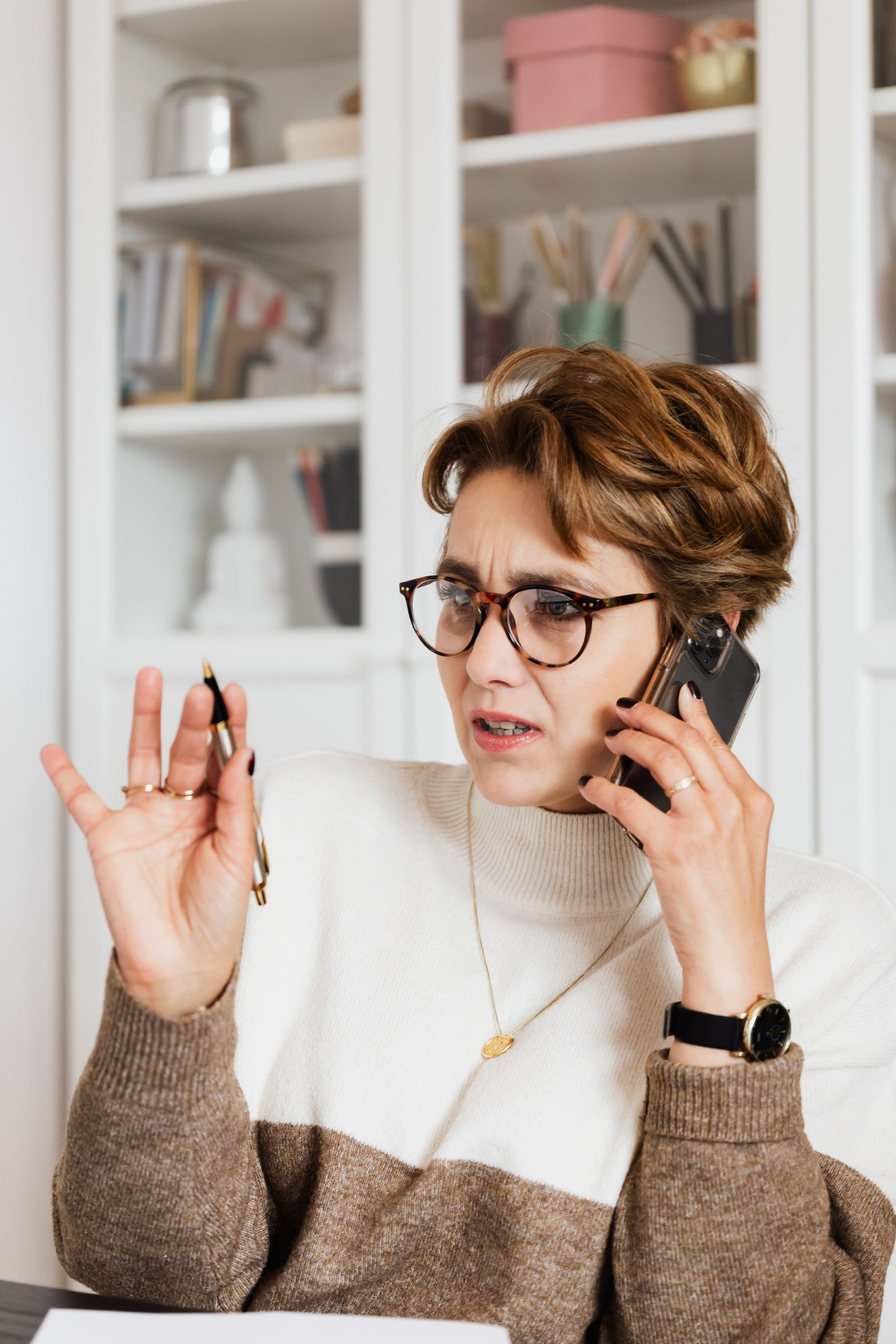 Woman on phone banner image